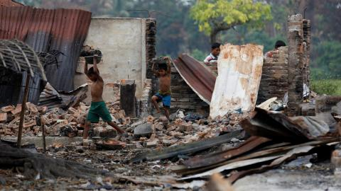 Hundreds of Rohingya Muslim houses destroyed in Myanmar