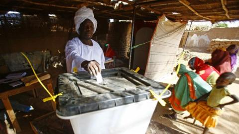 Darfur votes for its future despite boycott by rebel groups