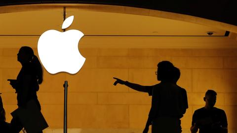 Apple's ride to $1 trillion: the magic number that gets it there