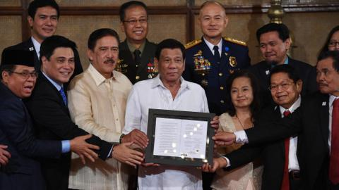 Philippines moves closer to greater autonomy for Muslim minority