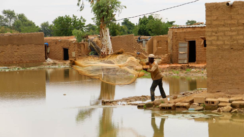Floods leave thousands homeless in Niger