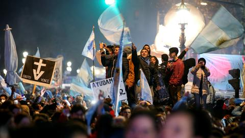 Argentina senate rejects bill to legalise abortion