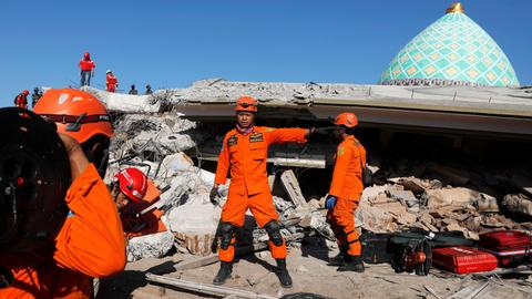 Third earthquake rocks Indonesia's Lombok in under two weeks
