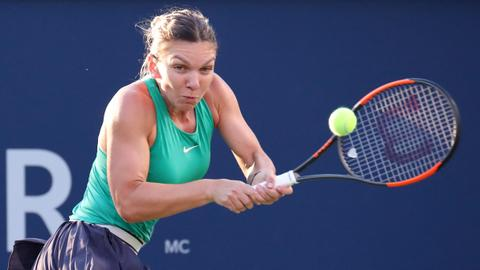 Halep topples Garcia in straight sets to reach Montreal semis