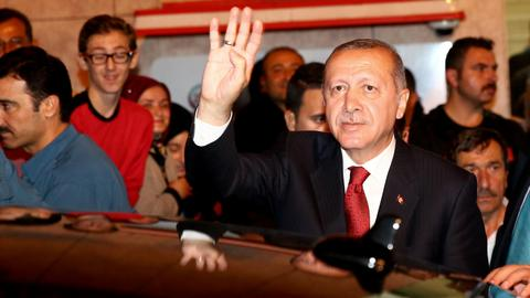 Turkey's president rejects US' 'threatening language'