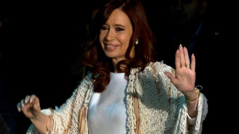 Cristina Kirchner arrives in Buenos Aires to face fraud accusations