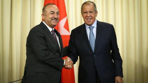 Russia, Turkey agree to restore visa-free regime