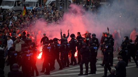 German government condemns far-right demonstration after killing