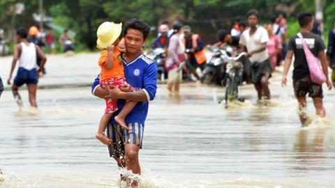 Myanmar dam overflow displaces thousands