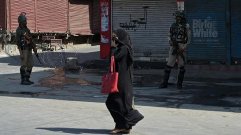 Kashmir shuts down ahead of Supreme Court hearing