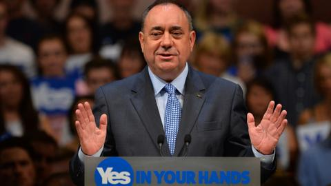 Alex Salmond stuns Scottish politics with SNP resignation