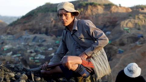 Jade mining workers in Myanmar vulnerable to low regulations