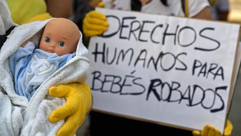 Spain to resume Franco-era 'stolen babies' trial