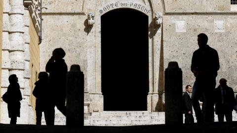 The world's oldest bank is in trouble amid Italy's political crisis