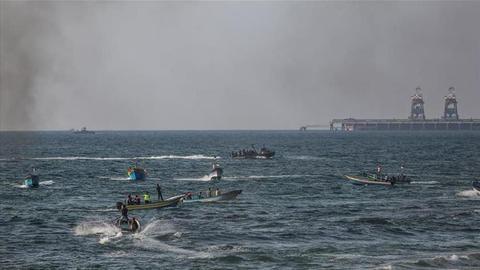 Israel intercepts Gaza flotilla; at least 10 Palestinians injured