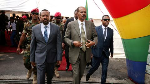 Ethiopia-Eritrea land border reopens after 20 years
