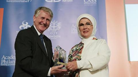 Turkey's First Lady receives humanitarian award