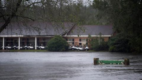 Deadly Florence trudges inland in Carolinas, causing massive flooding