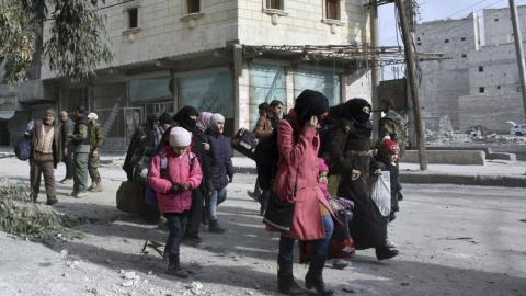 Why is the Aleppo evacuation delayed?