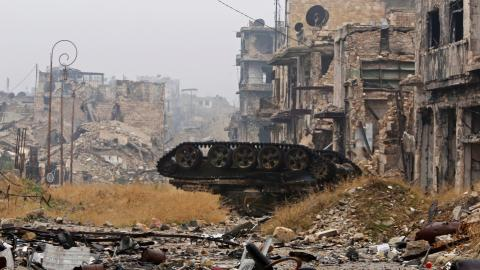 Clashes erupt as evacuation of Aleppo is delayed