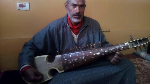 A Kashmiri overnight music sensation recounts a grim past