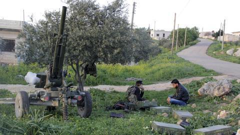 Syrian rebels deny withdrawing arms from Idlib