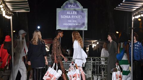 Paris names street after designer Sonia Rykiel