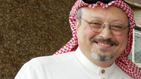 Friends of Saudi dissident worried by absence at Istanbul consulate