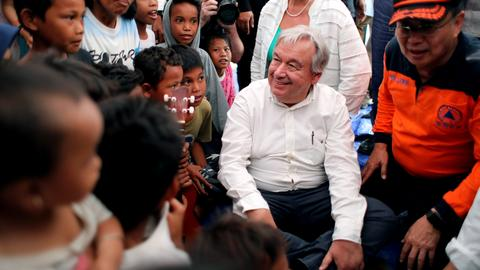 UN chief visits quake-hit Indonesian city