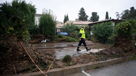 Flash floods kill 11 people in southern France