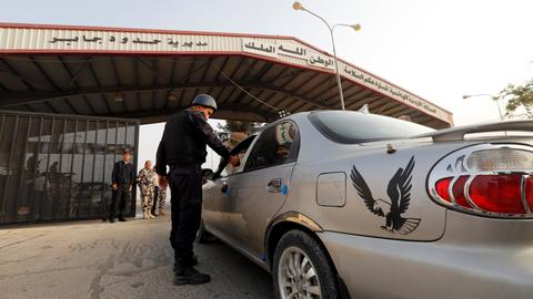 Jordan and Syria reopen Nassib border crossing