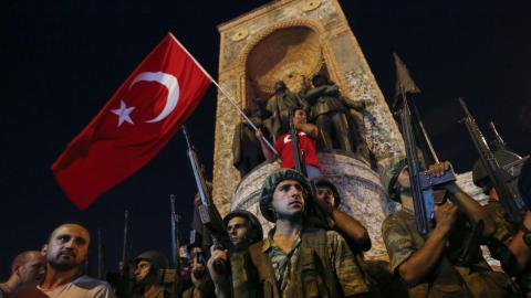 How did Turkey cope with a turbulent 2016?