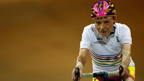 At 106, tireless French cyclist hops back in the saddle