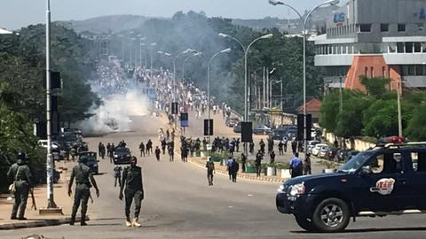 Nigerian security forces fire on protesters, killing 42 in two days