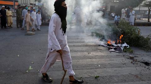 Pakistani group calls off protests over blasphemy case in deal with govt