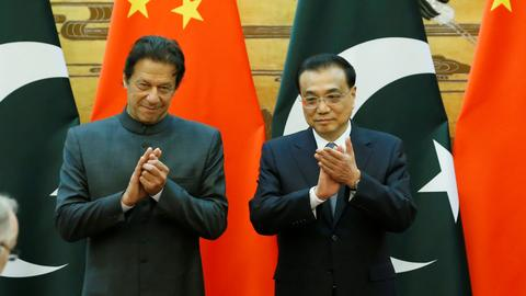 China promises Pakistan economic aid but more talks needed