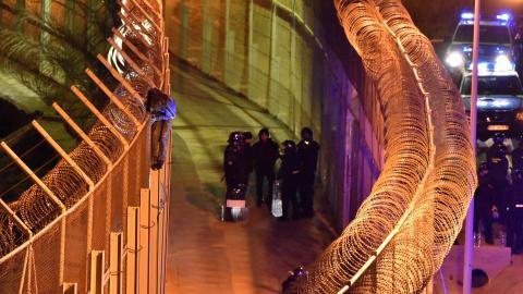 More than 1,000 immigrants storm Spain's enclave Ceuta