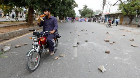 Pakistanis polarised over blasphemy issue