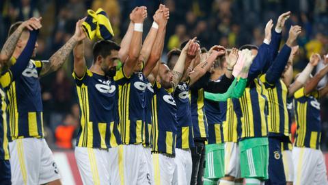 Turkey's Fenerbahce beat Anderlecht 2-0 in UEFA Europa League