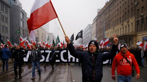 Poland risks controversy on independence centenary