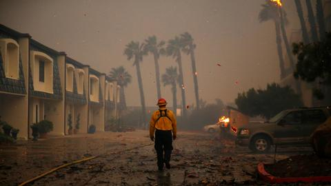 Death toll hits 31 from California fires as search goes on for victims