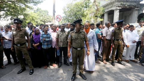 Sri Lanka Supreme Court overturns sacking of parliament