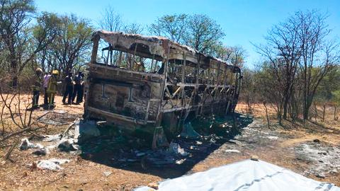 Zimbabwe bus fire kills 42 – police