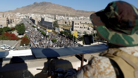Ceasefire within sight as Yemen's Houthis halt attacks on Saudi coalition