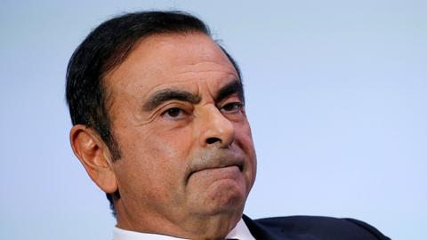 Arrested auto titan Ghosn faces ouster at Nissan
