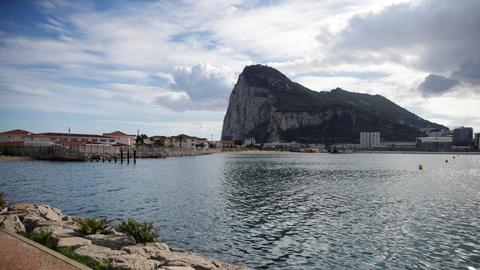 Europe heads off Gibraltar spat to save Brexit summit