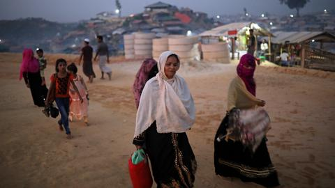 Rohingya Muslims in Bangladesh protest over ethnicity recognition