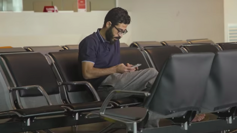 Stranded Syrian refugee leaves airport for Canada