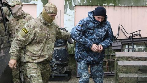 Crimean court detains Ukrainian sailors for two months