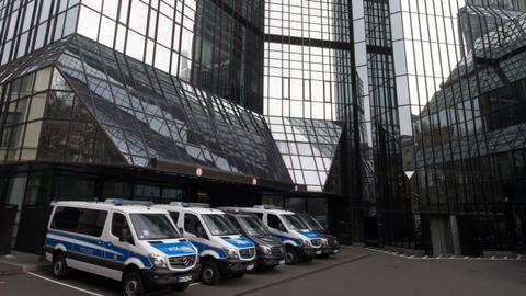 German police raid Deutsche Bank in 'Panama Papers' probe